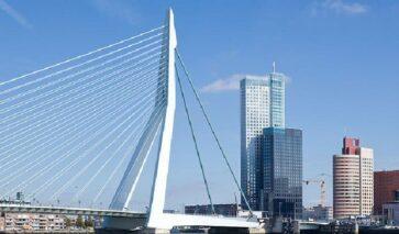 De Maastoren, Rotterdam - foto: Thea van den Heuvel
