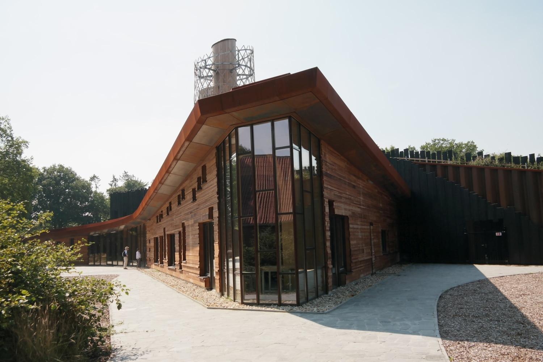 MEC Assen, gebouw