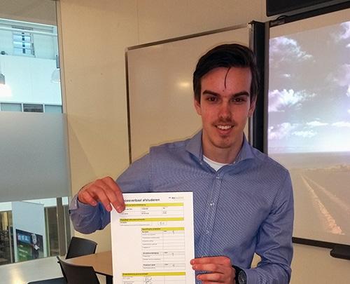 Kris van der Riet met afstudeeronderzoek naar eenvoudig meetsysteem voor kwaliteit van wegdek