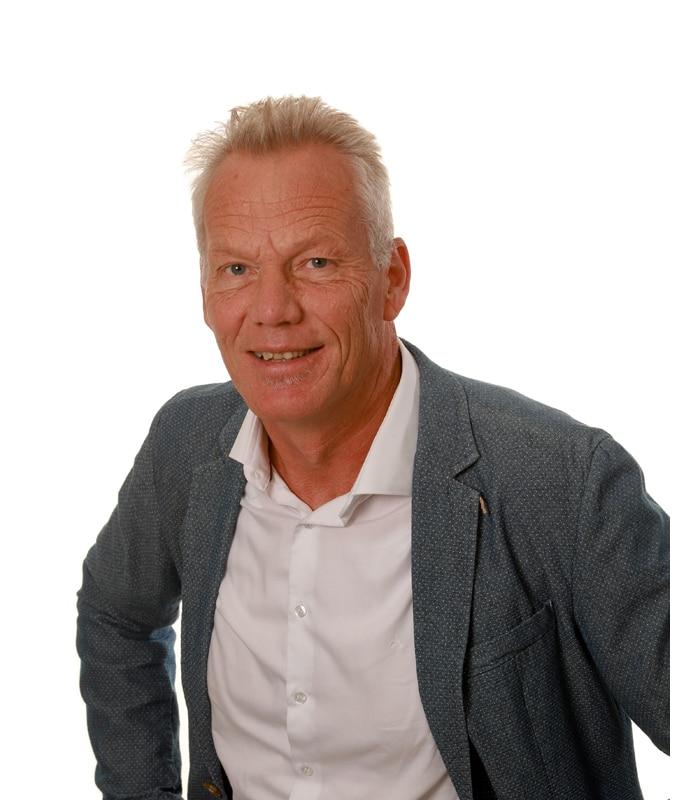 Michel van Kesteren - DGMR
