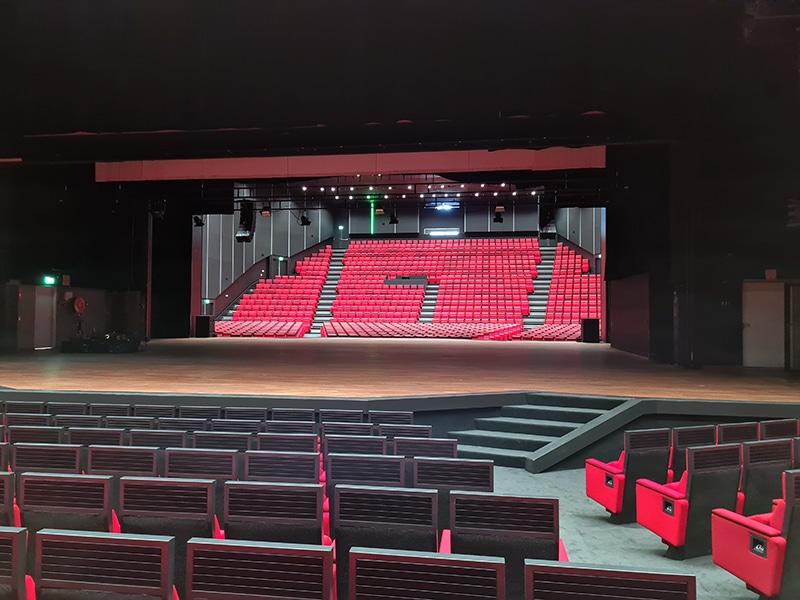 Auditorium van het nieuwe en verduurzaamde MECC Maastricht