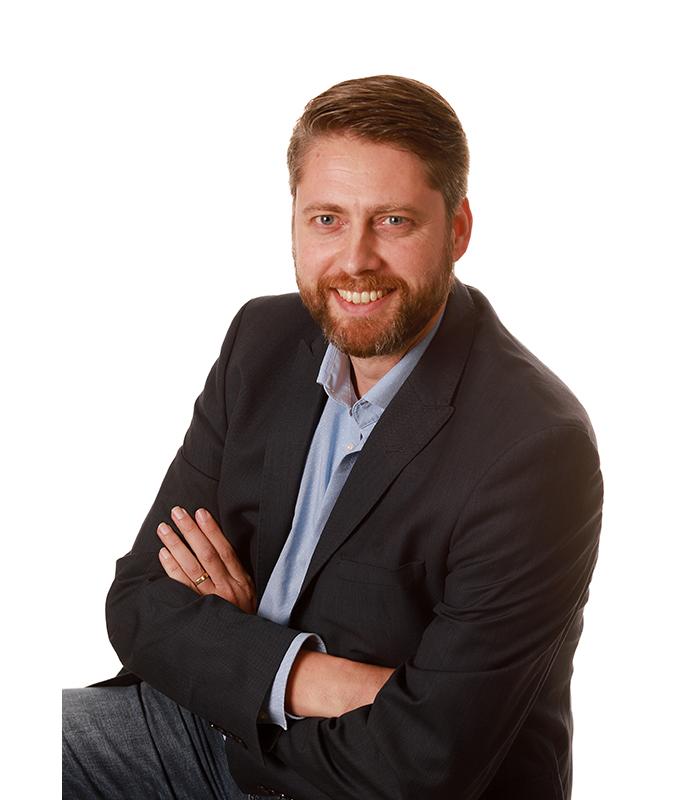 Edwin van den Brink - DGMR