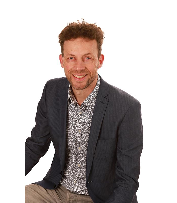 René van der Loos - DGMR